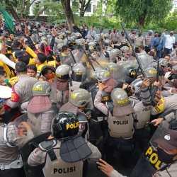 UNJUK RASA di DPRD Kalsel Aksi Sempat Memanas saat Shalawat Dikumandangkan