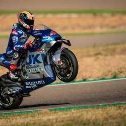 SUZUKI MENDOMINASI di MotoGP Aragon 2020, Raih Posisi 1 dan 3