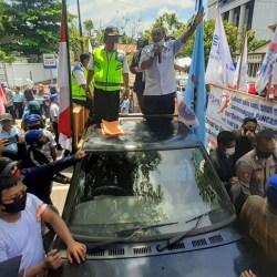 UPAYA AKHIR ke JR ke MK, Buruh Kawal Lewat Unjuk Rasa