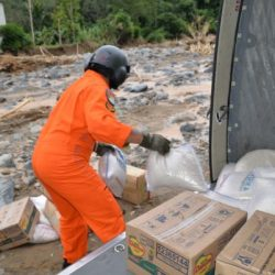 HELI TNI AD Terus Pasok Logistik ke Pelosok Sulit Dijangkau Lewat Darat