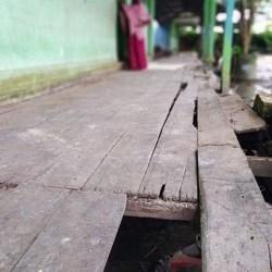 JEBOL Lantai SDN Sungai Bilu 3 Akibat Banjir