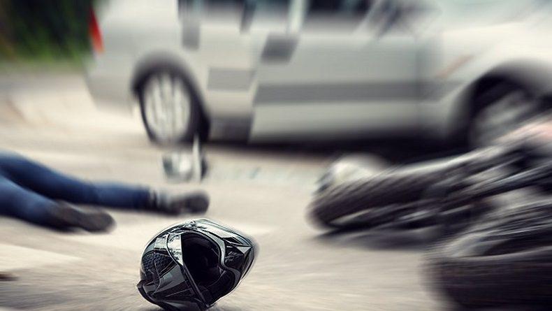USAI TENGGAK MIRAS Seorang Mahasiswa Kemudikan Mobil Tabrak Dua Pengendara dan Sempat Kabur