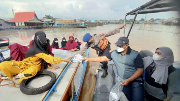 DIIMBAU Pedagang Lokbaintan Tetap Taati Prokes