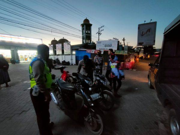 "SEJUMLAH Remaja 'Bali"" Digiring Polisi"