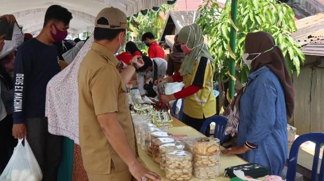 Pemerintah kota Banjarmasin melalui Dinas Perdagangan dan Perindustrian (Disperdagin) kota Banjarmasin mengelar pasar murah