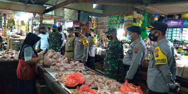 SIDAK Harga dan Kesediaan Bahan Pokok di Pasar Sentra Antasari