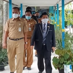 TINJAU Sejumlah Sekolah di Banjarmasin, Walikota Pastikan PPDB Berjalan Lancar