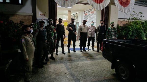 TINGKATKAN Keamanan di Sekitar Kantor KPU dan Gudang Logistik