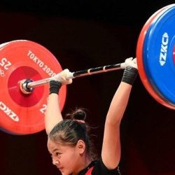 MEDALI PERTAMA Indonesia di Olimpiade Tokyo Disumbang Lifter Windy Cantika