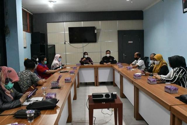 Komisi III Dewan Perwakilan Rakyat Daerah (DPRD) Kabupaten Tabalong di Ruang Rapat Kalpataru, Balaikota Banjarmasin (2)