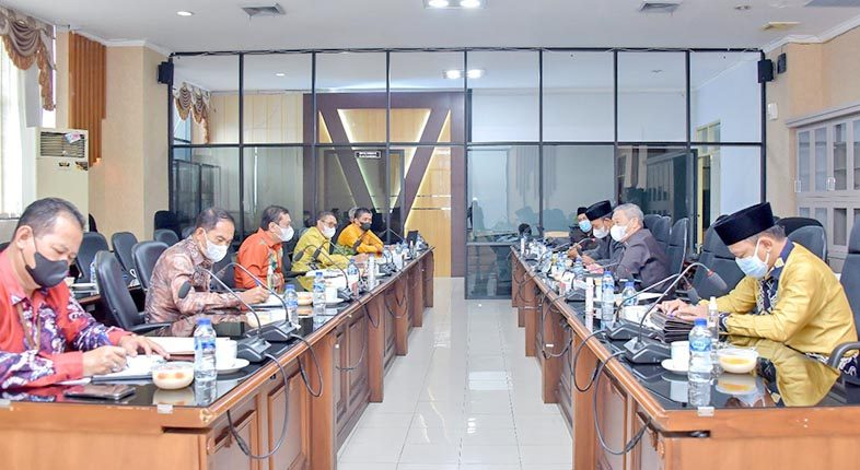PAPARKAN KINERJA Terkini, Bank Kalsel Sambangi DPRD Provinsi