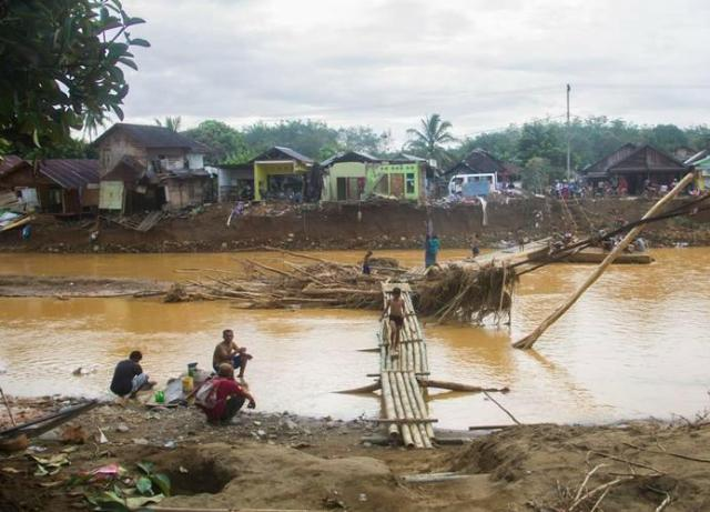 RUSAK akibat Banjir, RPK dan VRI bakal Bangun Jembatan Gantung di Desa Alat HST (2)