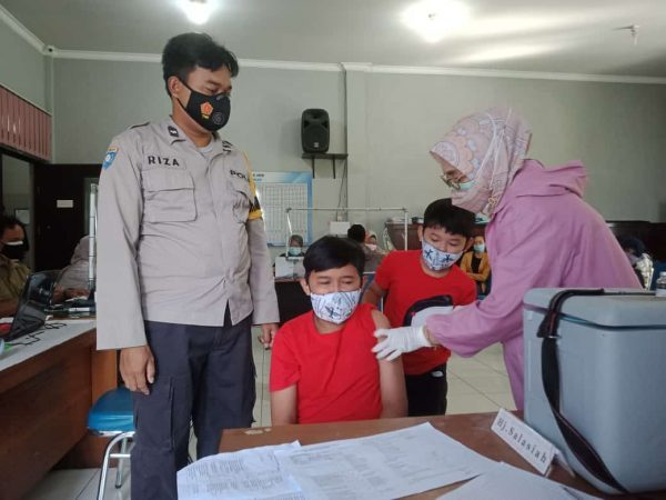 GILIRAN ANAK Turut jadi Sasaran Vaksinasi