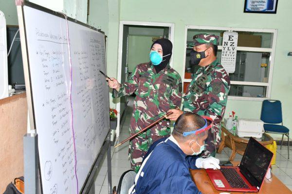 SUSULAN 52 Masyarakat Maritim Datangi Balai Pengobatan TNI AL