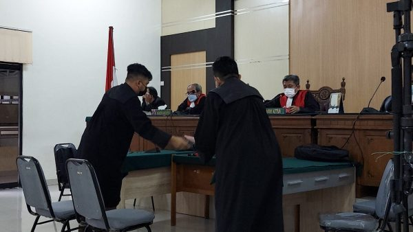MANTAN Dirut PT Travellindo Lusiyana Terdakwa Penipuan Calon Haji Dituntut 1 Tahun 2 Bulan