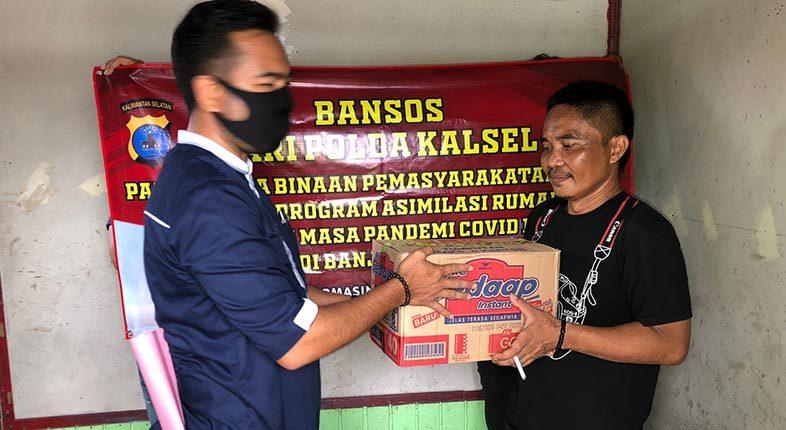 BANSOS DISALURKAN Polda Kalsel pada Warga Binaan Pemasyarakatan Asimilasi