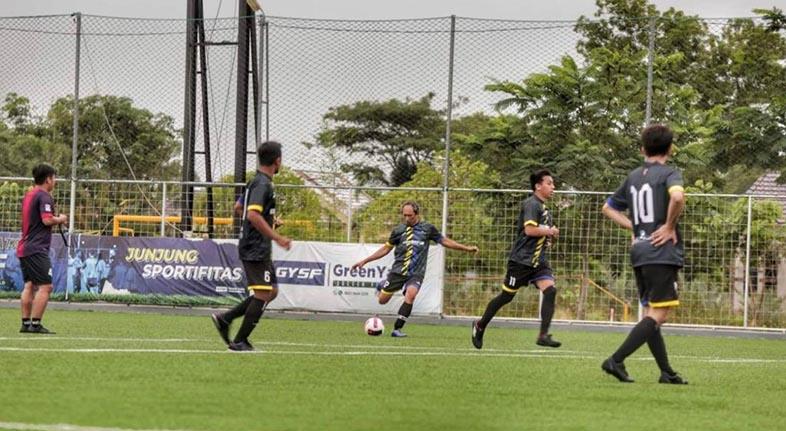 JALIN SILATURRAHMI, Biro Adpim Kalsel dan Bank Kalsel Gelar Fun Soccer