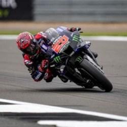 QUARTARARO Menang Lagi, Aprilia Raih Podium Pertama di MotoGP Inggris