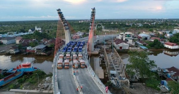SEGERA DIBUKA untuk Umum Jembatan Sungai Alalak