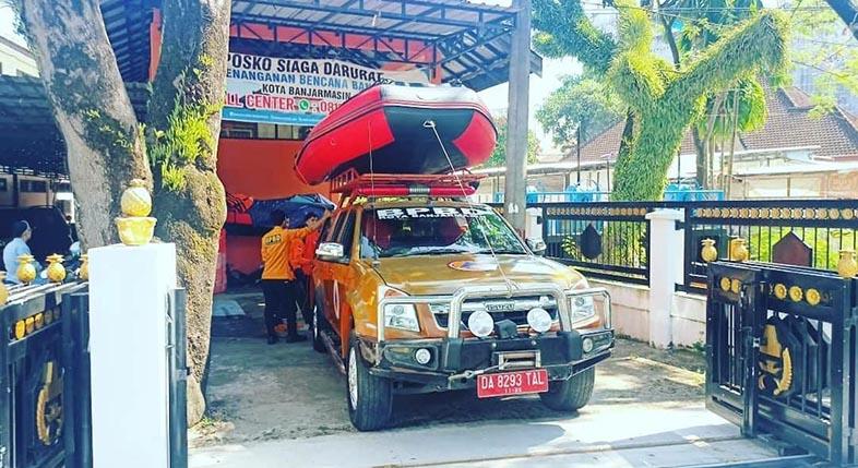 DIBERANGKATKAN Bantuan Banjir Pemko Banjarmasin ke Kalteng