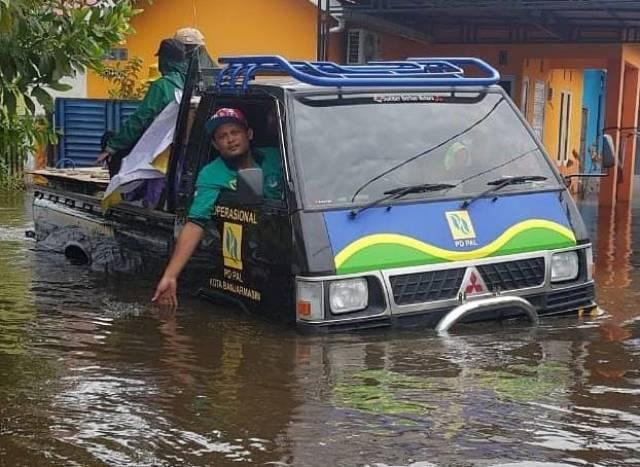 STATUS BANJARMASIN Waspada Banjir (2)