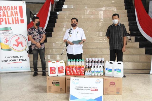 TERIMA BANTUAN PT KINO, Walikota Sebut Bagian Upaya Bersama Tangani Covid-19 di Banjarmasin (3)