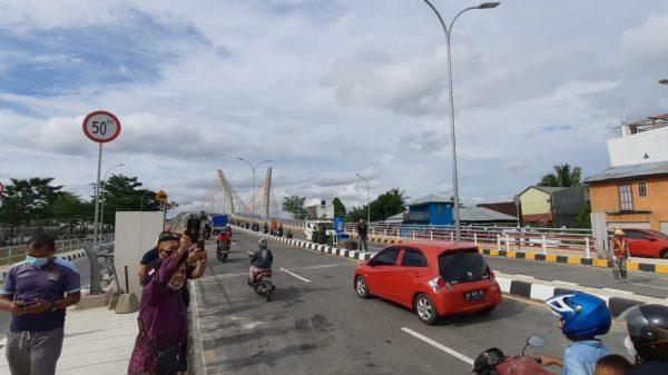 "DIBAHAS Delapan ""U-turn"" Hari Ini Kaitan Jarak Menuju Jembatan Sungai Alalak"