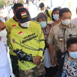 VAKSINASI PELAJAR, Walikota Pantau ke SMA Don Bosco Banjarmasin