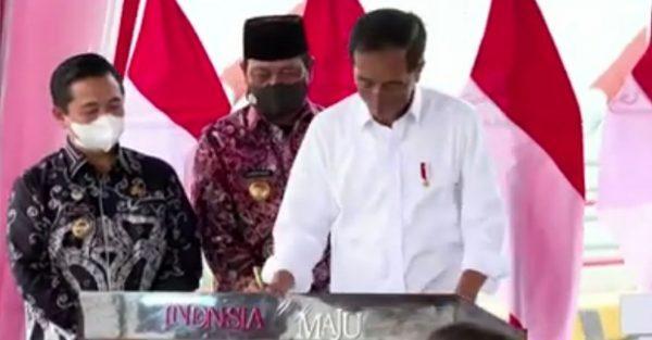 "PRESIDEN Joko Widodo : ""Saya Dengar Masyarakat tidak Sabar Lagi Menunggu Peresmian"""