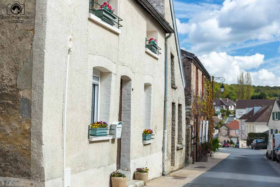 Imagem da viela de Hautvillers na região de Champagne