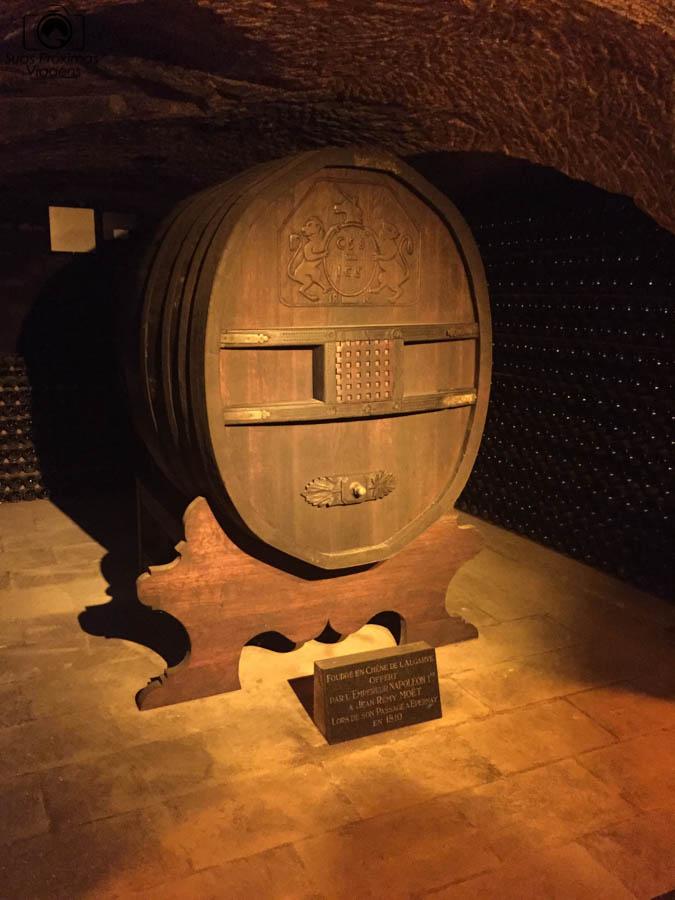 imagem do barril de Napoleão na Möet & Chandon em Reims
