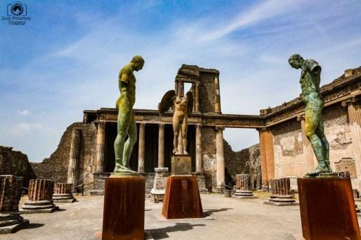 Imagem de diversas Esculturas em Bronze em Pompéia