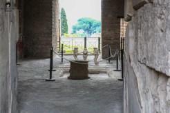 Imagem das Esculturas Recuperadas das ruínas de Pompéia