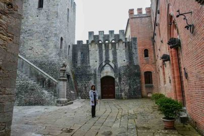 Interior do Castelo nas Vinícolas da Toscana