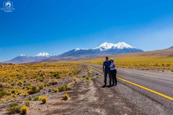 Estrada próxima Lagunas Altiplânicas nas dicas para o Deserto do Atacama