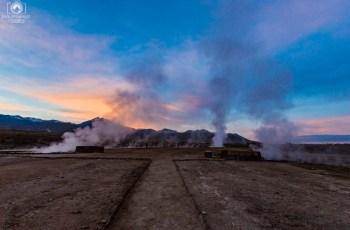 Geysers del Tatio ao amanhecer no Roteiro do Atacama