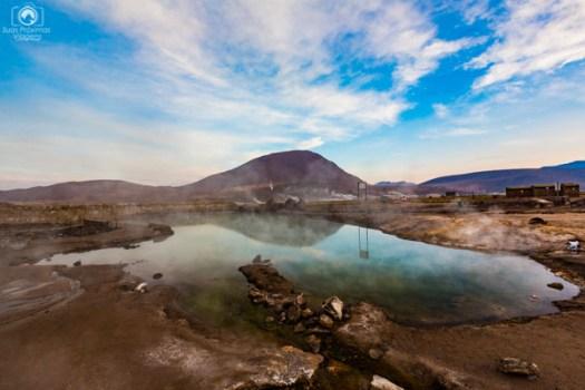 Termas nos Geysers del Tatio no Atacama