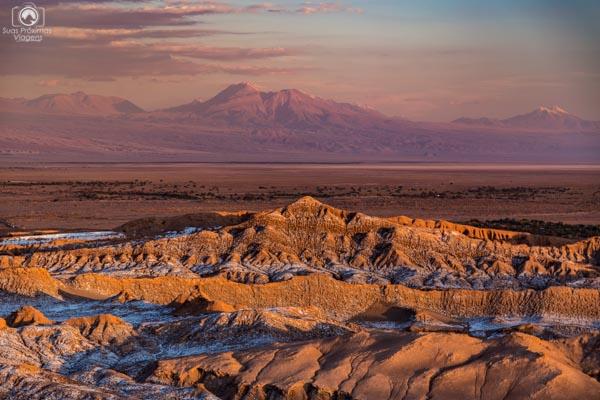 Pôr do Sol no Valle de La Muerte em Roteiro no Atacama de 5 dias