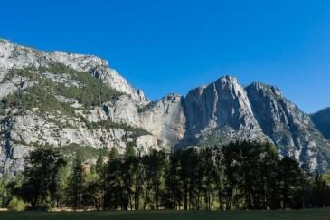 Vista da Yosemite Falls seca no Parque Nacional Yosemite
