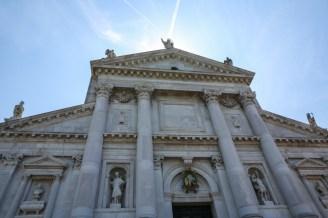 Entrada da Basílica San Giorgio Maggiore em Veneza