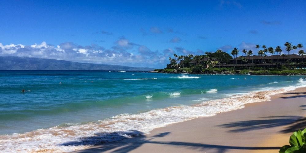 Vista da Praia de Napili no Havaí