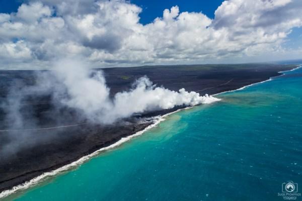 Lava do Kilauea chegando ao Mar no Havaí