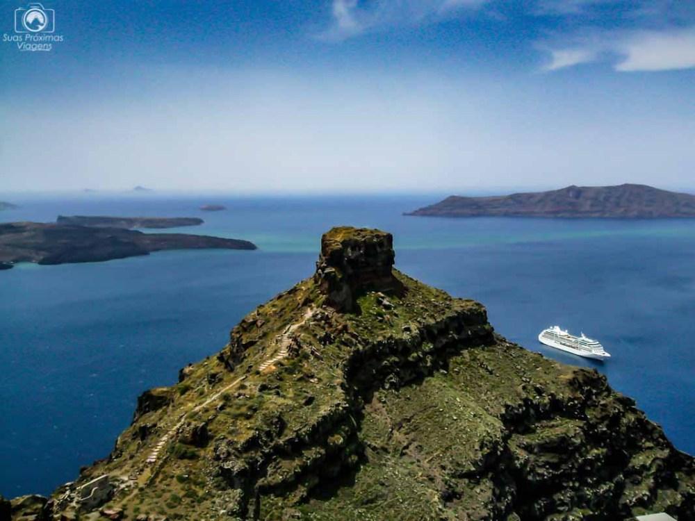 Skaros Rock em O que fazer em Santorini