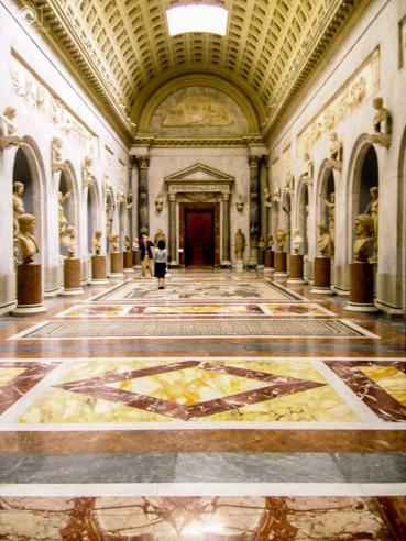 Salão de Destaque no Interior dos Museus do Vaticano em o que fazer em Roma