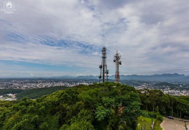 Antenas ao redor do Mirante em Joinville