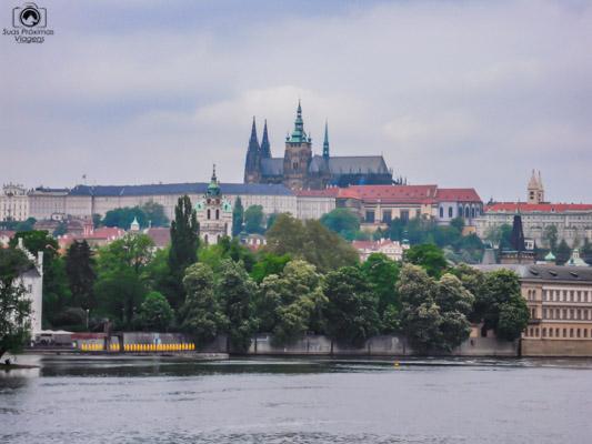 Castelo de Praga República Tcheca ao fundo