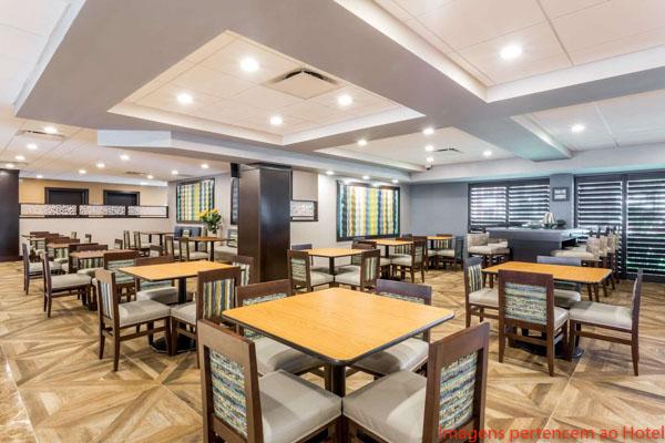 Restaurante do Café da Manhã do Wingate by Wyndham Convention Ctr em onde ficar em Orlando