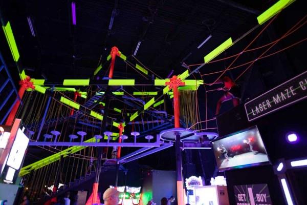 Indoor Ropes Course no Wonderworkds em Orlando