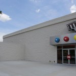 Imagem da Fachada Externa da Loja da M&M em Compras em Orlando