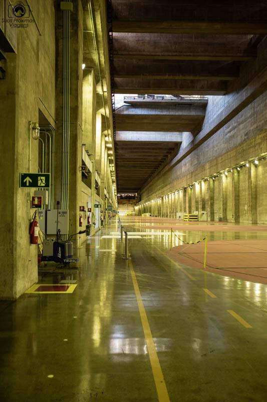 Vista do Interior da Usina, sobre os geradore